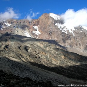 ASCENSION: Monte Kilimanjaro (5890 m) techo de África
