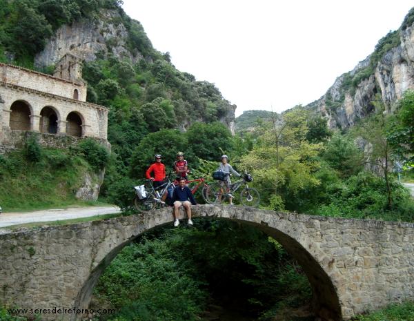 8 ermita cerca de Frias