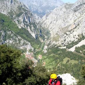 VIA FERRATA: La Hermida en Picos de Europa